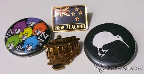Bottons de viagem  Hobby de viajante: Souvenirs e Lembranças de Viagem. Você coleciona?