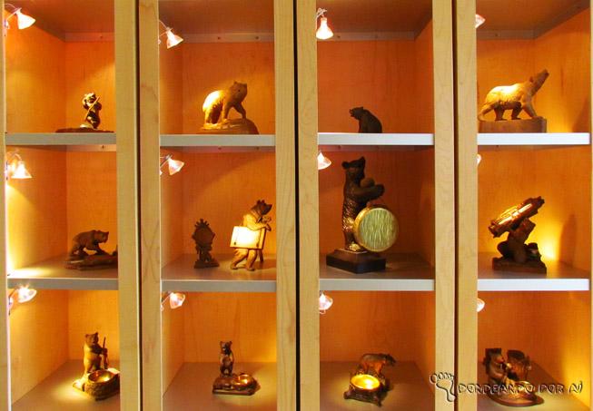 0533e8a1206 Relógios cuco e artesanato em madeira  tradição para comprar na Suíça