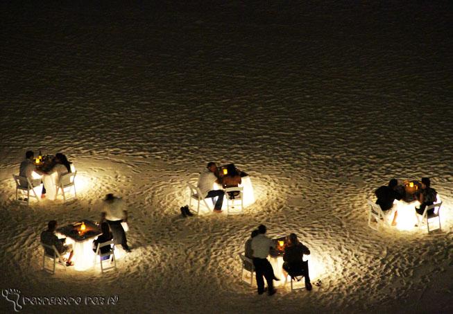 Cadeiras iluminadas jantar romantico cancun