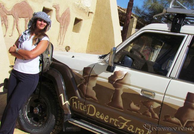 Desbravadora Egípcia no deserto