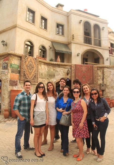 Blogueiros de turismo reunidos no estúdio de Salve JOrge