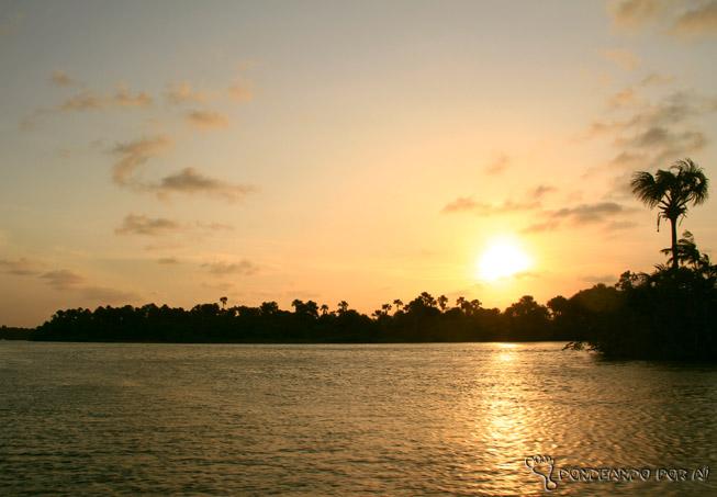 Por do sol no Rio Preguiças