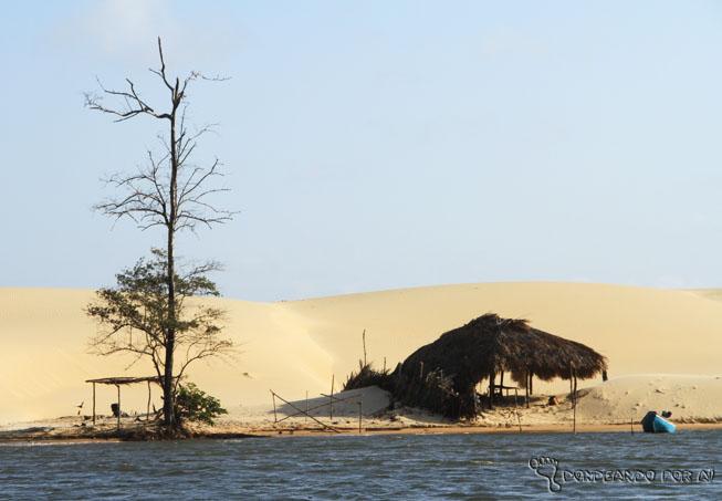 vilas ao longo do Rio Preguiças