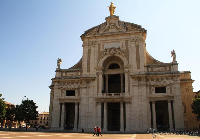 Basílica de Santa Maria delli Angli