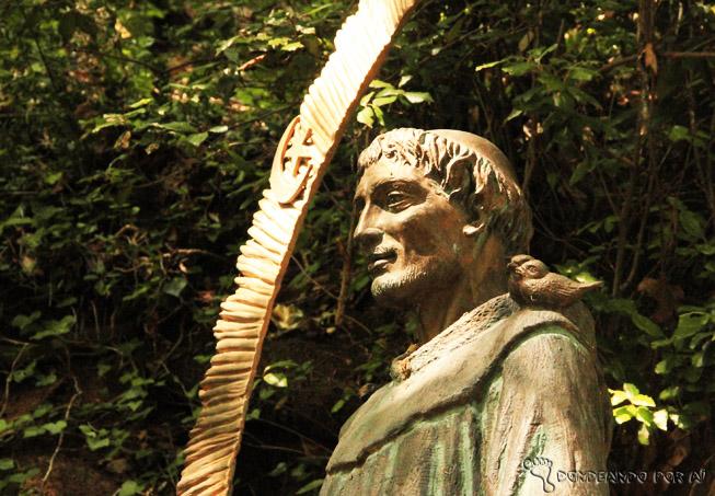 Estátua São Francisco de Assis