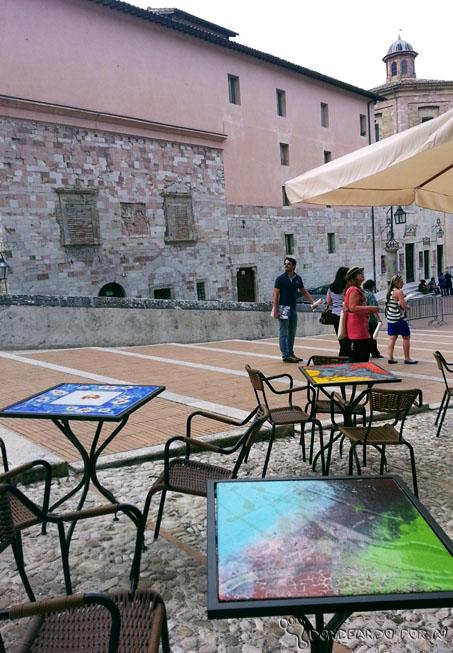 mesas de jantar de spoleto na Umbria Itália