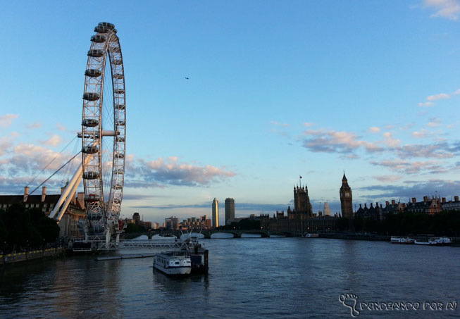 London Eye e Big Ben dia claro