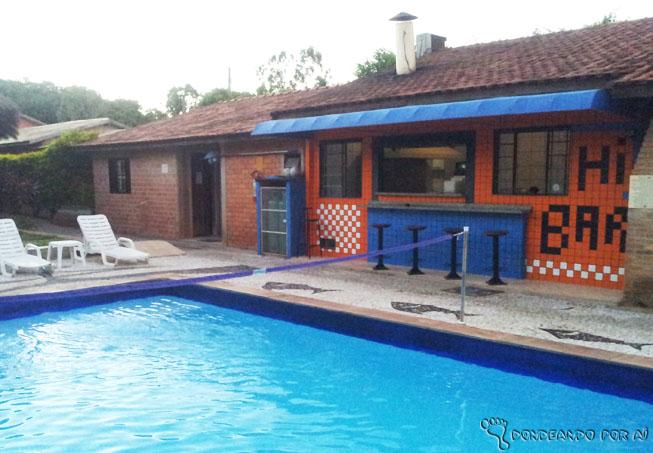 Bonito_MS_Bar_da_piscina_Hi_Hostel