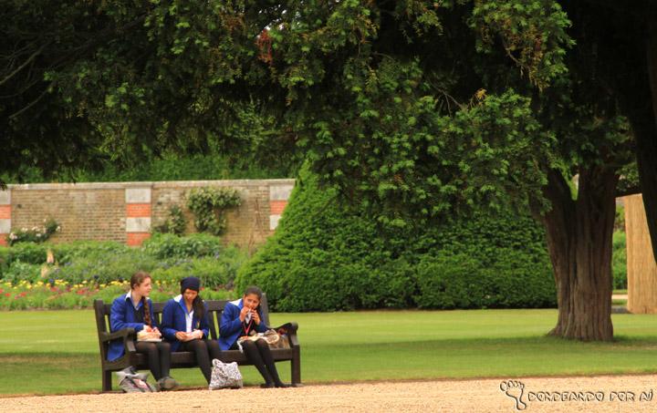 Hampton_Court_Jardim