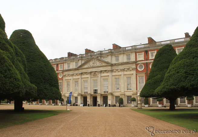 Hampton_Court_London_3