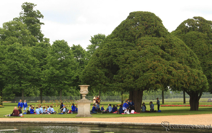 Hampton_Court_jardim_piquenique