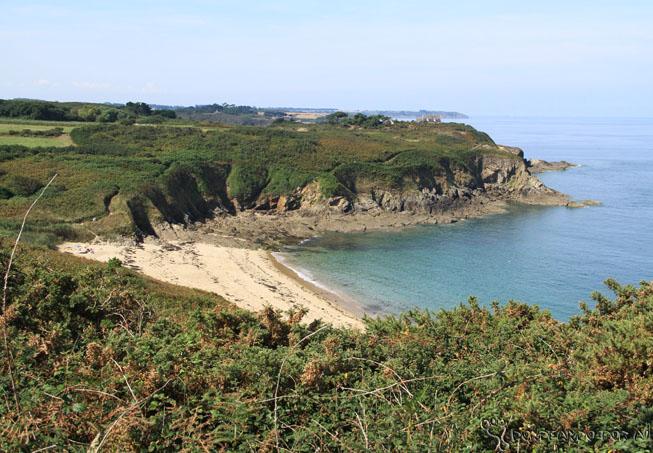 Praias ao norte de Rotheneuf 3