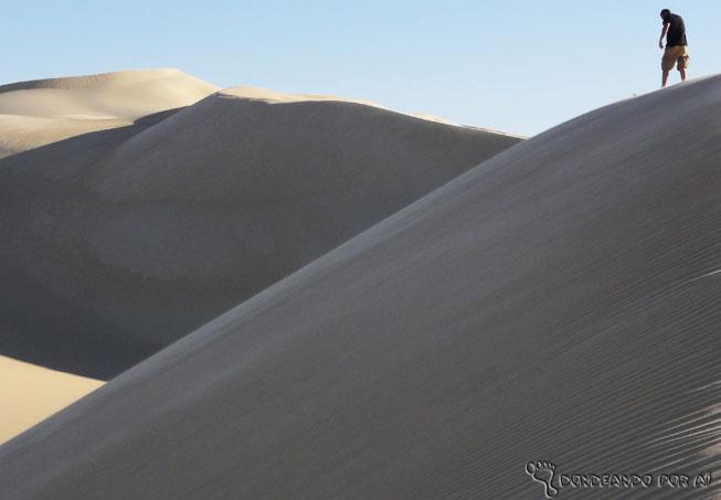 Duna sandboarding