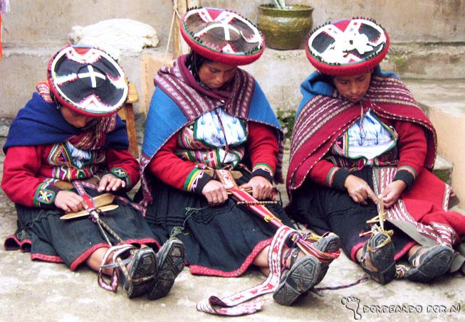 Mulheres peruanas tecelãs