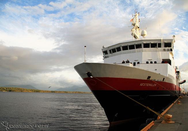 Navio Vesteralen Hurtigruten