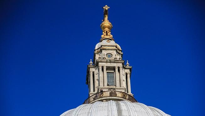 Quer subir a cúpula? Então não saia junto com o resto do grupo, e estique o tempo na Saint Paul's ao final do tour. Até porque são muitas escadas para chegar lá!